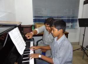 musik di sekolah