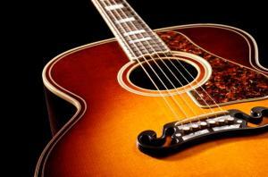 gitar alat musik paling